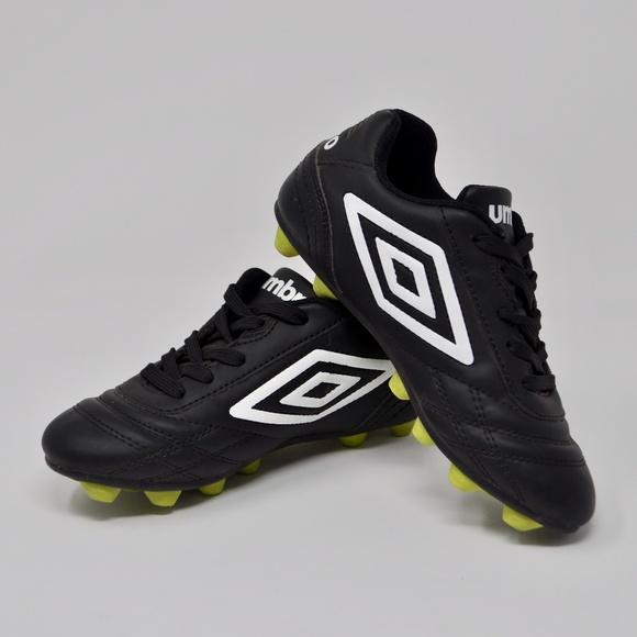 e78ae78dc64 Umbro Boys Black   White Soccer Cleats Youth 12